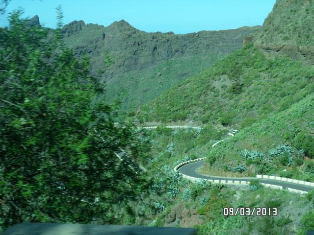 Горный серпантин на Тенерифе