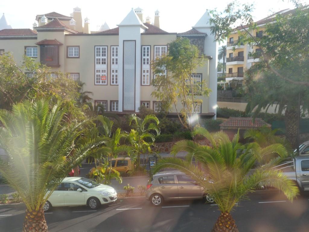 Вид из отеля Los Dragos Norte