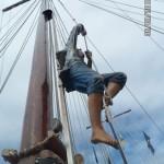 Морская прогулка. Пират на вантах.